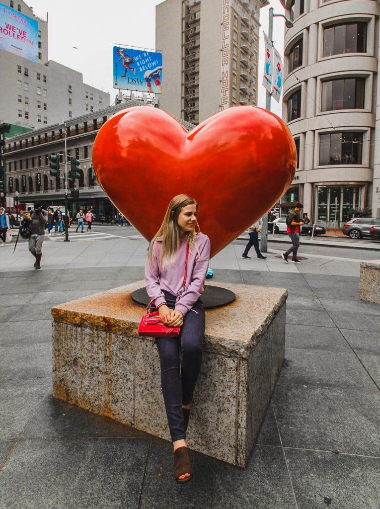 hearts in SF statue