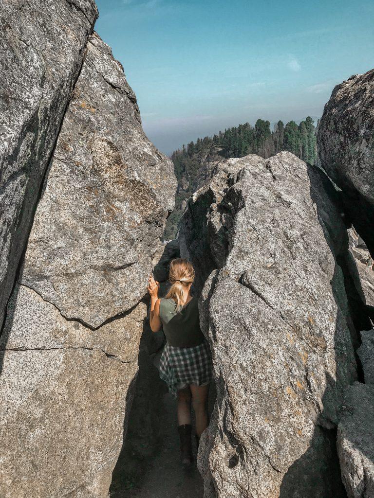 squeezing through moro rock trail
