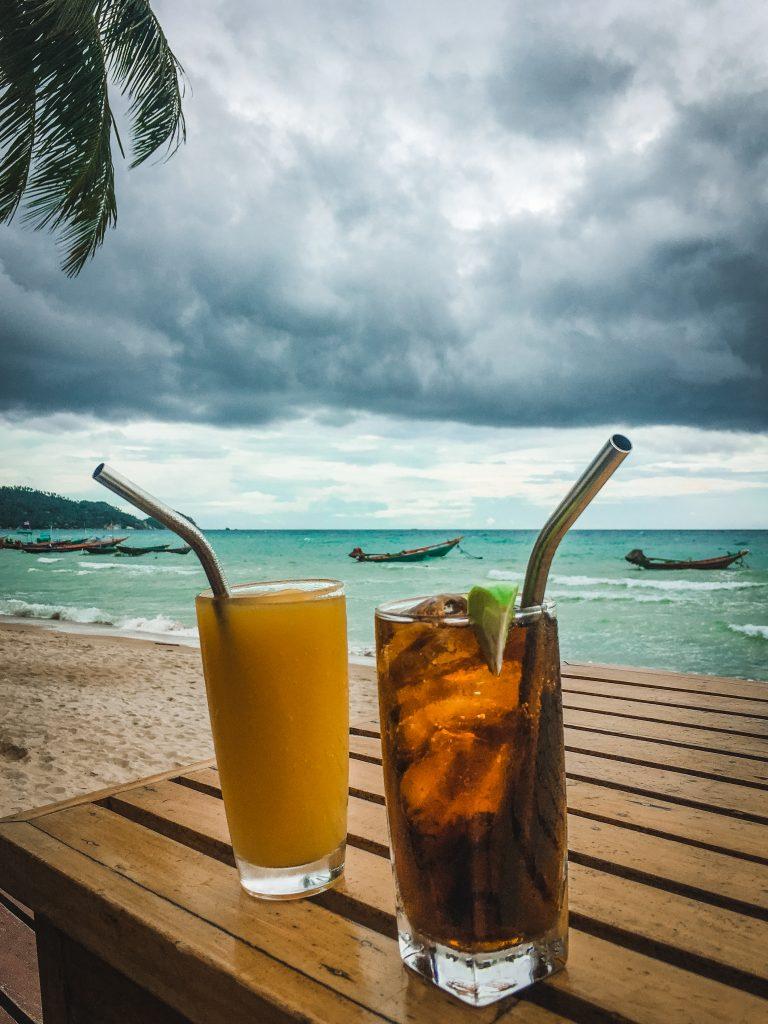 drinks at the wind resort on sairee beach